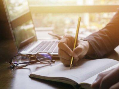 چگونه به یک نویسنده مسلط How to become a fluent writer